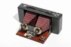 Vintage cameras. Museo Nicolis Collection.