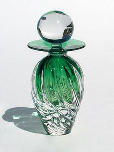 TWISTED SQUARE RIB Perfume Bottle