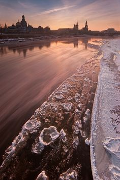 Ice floes on the river Elbe. Dresden, Germany.