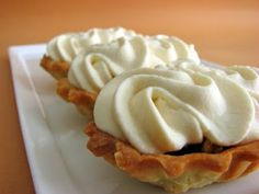 Walnut Spice Tartlets With Coffee Cream