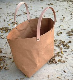 Lady Handbag Paper Bag China Factory/Wholesale Washable Kraft Paper Bag Handbag With Low Price, View Paper Bag, WDS Product Details from Shenzhen Worldisun Technology Co., Ltd. on Alibaba.com