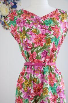 Vintage 1950s Floral Patterned Cotton Shift Dress Handmade Sleeveless Bright Pretty Light Comfortable Summer Dress Size Medium Large by VintageBySuzanne on Etsy