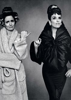 Tina Fey in Cristobal Balenciaga. So many things to love about this picture it's not even funny. Balenciaga, Amy Poehler, Tina Fey, Black And White Portraits, Portrait Photo, Portrait Poses, Thats The Way, Celebs, Celebrities