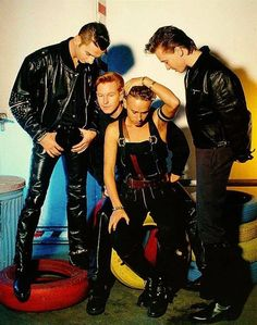 """commonpeoplearepeople: """"The guys: Don't worry, Mart. We won't let you fall off that chair. """""""