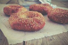 Bagels Bagel Recipe, Bagels, Artisan, Bread, Recipes, Food, Loaf Bread Recipe, Breads, Eten