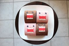 How to Make a Domo-Kun Decorated Cake Roll by Susan Nguyen via Snapguide - a photo guided tutorial with detailed instructions