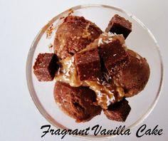 Raw German Chocolate Cake Ice Cream from Fragrant Vanilla Cake Healthy Vegan Desserts, Raw Desserts, Raw Vegan Recipes, Vegan Sweets, Frozen Desserts, Frozen Treats, Dairy Free Recipes, Vegan Food, German Chocolate