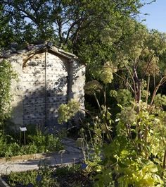 The Salagon Gardens in Provence offers more than just tours.  You can also take gardening lessons and workshops, or attend a concert with the most wonderful scenery!  Photos (c) Jose Nicolas