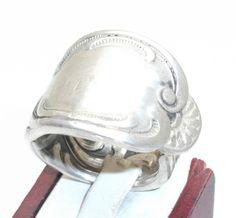 Antiker Silberring  21 mm Besteckschmuck SR135 von Atelier Regina auf DaWanda.com