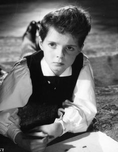 The Innocents (1961), movie directed by Jack Clayton. Based on the story The Turn of the Screw by Henry James. Pictured on the photo: Miles, played by Martin Stephens. Movie Guide, Haunted Places, Ghost Stories, Horror Movies, Amazing Photography, Couple Photos, Children, Posters, Tv