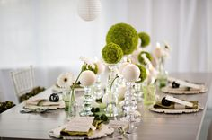 Modern Circle-Inspired Green and White Wedding Inspiration