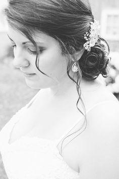 Beautiful Bridal Portrait - #Toronto #wedding #photography Toronto Wedding, Bridal Portraits, Wedding Photos, Wedding Photography, Beautiful, Marriage Pictures, Wedding Pictures, Bridal Photography, Bridal Photography