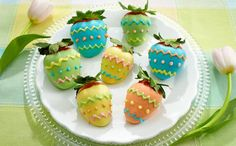 Easter Egg-Inspired Chocolate-Covered Strawberries