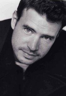Scott Foley - awesome in Felicity, on Grey's Anatomy and Scandal Scott Foley Scandal, Pretty People, Beautiful People, Tv Episodes, Raining Men, Grey's Anatomy, My Guy, Man Crush, Gorgeous Men