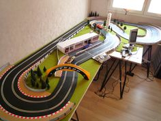 Almost final set up Ho Slot Cars, Slot Car Racing, Slot Car Tracks, Scalextric Track, Ship In Bottle, Rc Trucks, Concept Architecture, Train Layouts, Train Set