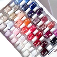 essie organization at its finest. essie organization at its finest. Essie Gel, Essie Nail Polish, Nail Polish Colors, Nail Polishes, Gel Polish, Gel Designs, Nail Polish Designs, Nail Design, Summer Nail Polish
