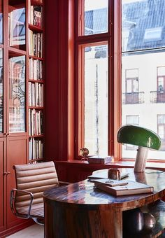 The Design Files - A New Take On Scandi Style - Photo – Margaret de Lange. Interior House Colors, Home Interior, Interior Design, Cheap Wall Decor, Cheap Home Decor, Oslo, Colorful Decor, Colorful Interiors, Red Office