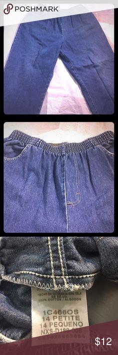 Chic Women's Jeans Elastic Waist Petite Chic brand women's Petite jeans with Elastic waist and pockets chic Jeans Straight Leg