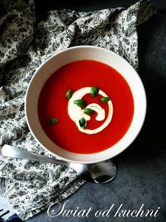 Zupa Krem z Pieczonej Papryki i Pomidorów Caprese Salad, Thai Red Curry, Feta, Diet Recipes, Good Food, Meals, Cooking, Breakfast, Ethnic Recipes