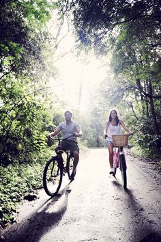 Bicycle themed Engagment Shoot