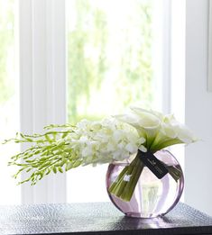 flower arrangements with roses and dendrobium orchids | ... Flowers - Modern flowers - Luxury Rose and Phalaenopsis Orchid Vase
