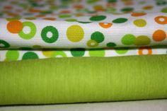 MIXIFU perchas_telas adulto+niño verde