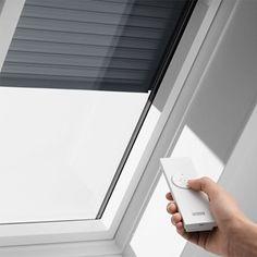 VELUX Dachfenster Rolladen - Ihr Rundum-Schutz fürs ganze Jahr