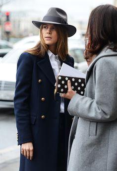 Chapeau, manteau, portefeuille à pois Comme des Garçons