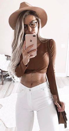 #summer #outfits Brown Crop + White Skinny Jeans + Brown Hat