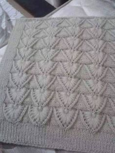 No pattern, but maybe I can fi Knitting Paterns, Spool Knitting, Knitting Designs, Knit Patterns, Knitting Projects, Crochet Stitches, Stitch Patterns, Knit Crochet, Knitted Blankets