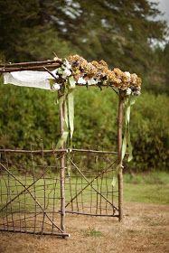 Rustic Country Wedding Ideas: Rustic Wood Arbor
