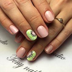 Kiwi Slice ~ Nails Elegant Nail Designs, Elegant Nails, Short Gel Nails, Long Nails, Us Nails, Hair And Nails, Fruit Nail Art, Watermelon Nails, Beach Nails