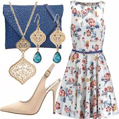 best service f6491 8c0a9 Approfittate di questa bellissima offerta, vestitino chic a fiori, pochette  blu e scarpe nude
