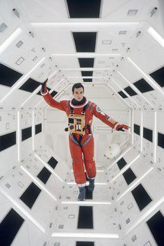 2001: A Space Odyssey (1968)