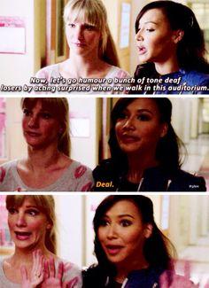 Santana Lopez and Brittany S. Glee Memes, Glee Quotes, Naya Rivera, Best Tv Shows, Favorite Tv Shows, Glee Santana And Brittany, Tv Show Couples, Glee Club, Chris Colfer
