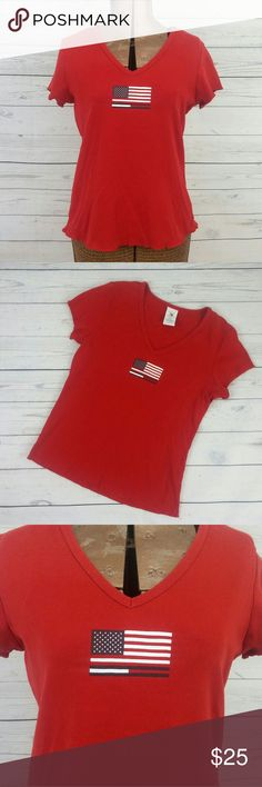 Tommy Hilfiger Vintage 90s Flag Tee In great used condition. Graphic flag t-shirt. Thick cotton knit. Fits snug- typical 90s sizing runs on the smaller side. Could also fit medium. Pair with some high waisted jeans and your favorite boots! Tommy Hilfiger Tops Tees - Short Sleeve