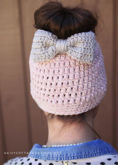Use this crochet hat pattern to make the ever-so-popular messy bun hat. This free crochet pattern from Daisy Cottage Designs uses chunky yarn and has a great crochet bow pattern to go with it!