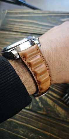 Watch Straps, Leather Wallets, Leather Watch Bands, Vegetable Tanned Leather, Vintage Watches, Vintage Leather, Tan Leather, Italy, Etsy Shop