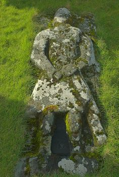 Crusaders grave, Kilmuir cemetary on the Isle of Skye, Scotland. Part of the Britain Express Travel and Heritage Picture Library, Scotland col...