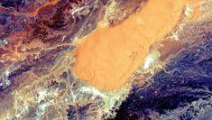 The Algerian Sahara Looks Stunning From Orbit