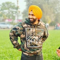 Image may contain: 1 person, outdoor Ammy Virk, Punjabi Models, Punjabi Love Quotes, India Facts, Virtual Fashion, Turban Style, Indian Army, Always Smile, Suit Fashion