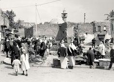 مدينة طبريا - فلسطين 1932م  سوق البحر وساحة البونط .  The City of tiberias - Palestine 1932 m The Sea market