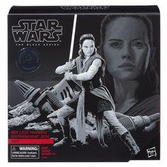 NEW Starwars Black Series Rey Jedi Training Crait Toys r Us W/ Base Mint