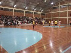 Rádio Web Mix Esporte&Som: Cotiporã: A bola não para no municipal de futsal