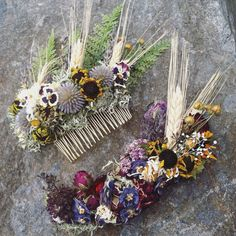custom bridal hair comb dried flower clip flower by Westerwisp
