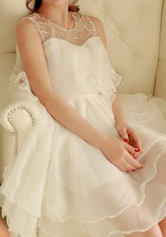 Cute and sweet dress, could be a bridesmaid dress but in a different color.