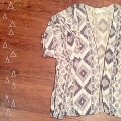 ✨WKND SALE✨▫️Aztec Patterned Kimono▫️ This comfortable and light weight kimono is perfect for spring! Contains different shades of gray. 100% polyester. Measures 24.5 inches from should seam to bottom. Sized as medium but can fit small as well! Adorable!   Need any other information? Measurements? Materials? Feel free to ask! Don't be shy, I always welcome reasonable offers! Fast shipping! Same or next day! Sorry, no trades!   Happy Poshing!☺️ Tops