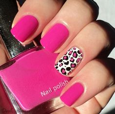 Not a fan of a full manicure with leopard print, but an accent nail is nice.