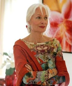 """Great look! ~ ✿ You don't have to dress like an """"old lady"""" when you are over 50 :))) I KNEW IT!!! :))) ~ Aging, aging gracefully, positive aging, grey, gray, silver, 50+, baby boomers, baby boomer, generation, senior, seniors, retirement, inspiration, lifestyle, motivation, fashion, glamour, style, 40+, mature, older, #FashionOver50"""