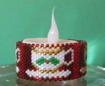 FREE PATTERN! Christmas TeaCup Tea Light Cover at Bead-Patterns.com